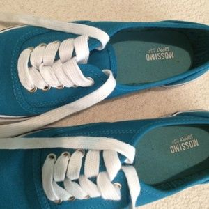 4c1aa97278d Vans Shoes - Look alike vans from Target💕
