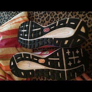 Nike Shoes - Nike zoom 6.5 I believe boys