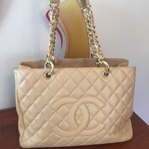 Authentic Chanel Beige Caviar GST