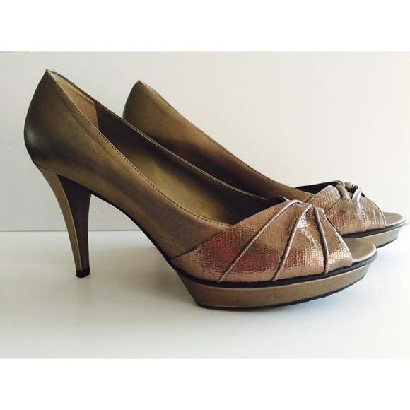46% off ANTONIO MELANI Shoes - Antonio Melani dark gold heels ...