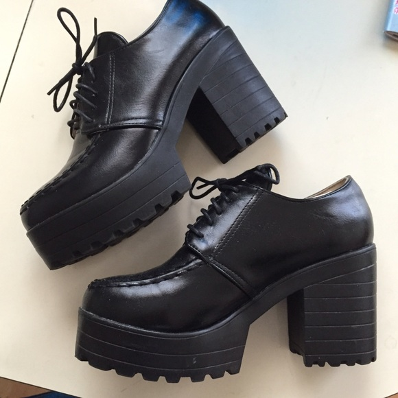 Urban Outfitters Shoes   Black Chunky