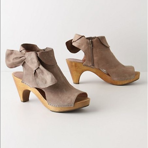 66cd48147b9 Anthropologie Shoes - Anthropologie Miss Albright Taupe Tied Booties 8.5