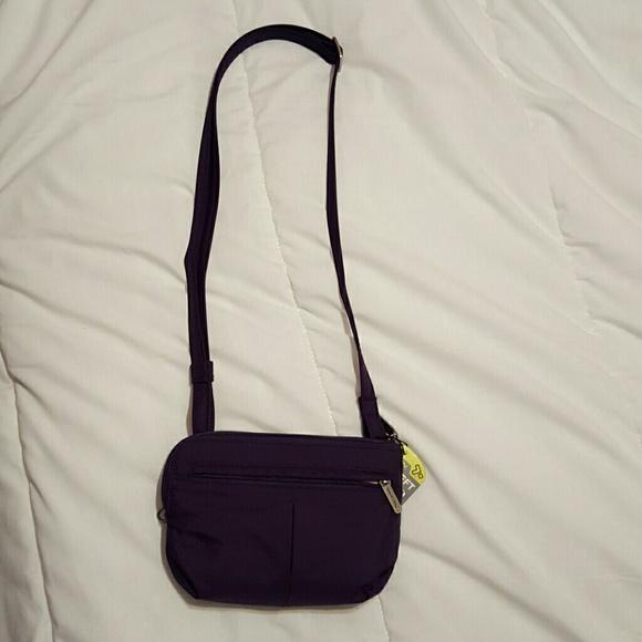 c06ede4f6 travelon Bags | Antitheft Purse Nwt | Poshmark
