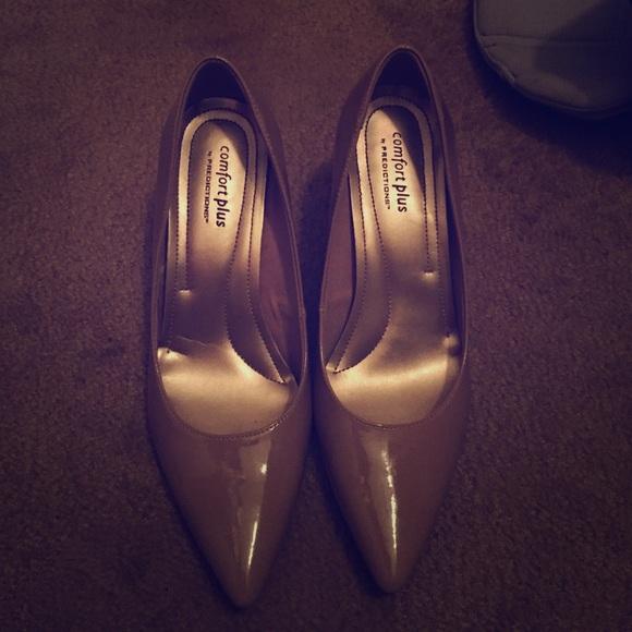 5d2c161da3c Comfort Plus Shoes - Comfort Plus by Predictions Janine Pointy Toe Pump