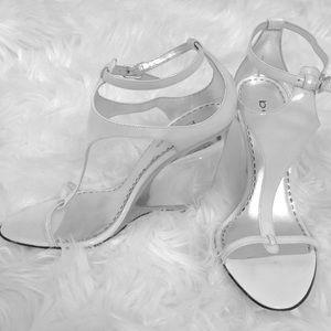 Bebe strap clear heels 🎀