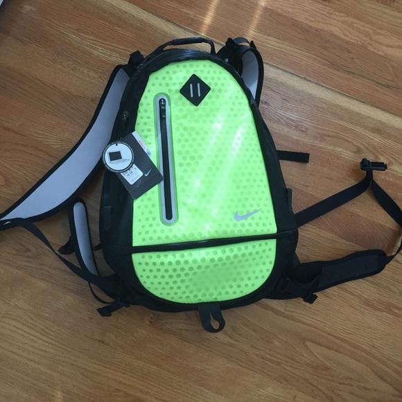 Nike Volt Running   Hiking Backpack - Neon Yellow