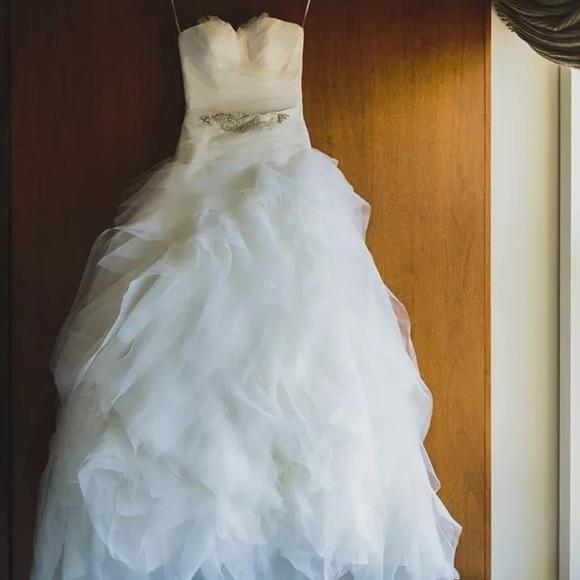 Pronovias Dresses | 2014 Benicarlo Wedding Gown | Poshmark