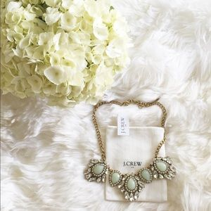 NWT jcrew mint gold crystal necklace