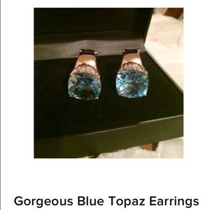 Jewelry - Stunning Blue Topaz earrings 😍