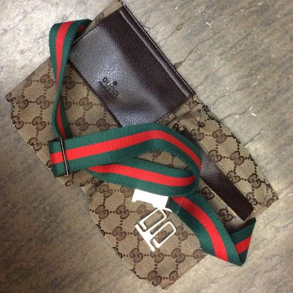 ffd1e17fa389 Gucci Handbags - Gucci GG canvas Belt Bag ( BROKEN HARDWARE)