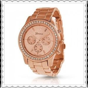 New Ladies Rose Gold Plated Round CZ Watch⏰