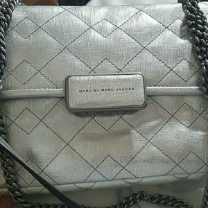 MARC JACOBS REBEL 24 CROSSBODY QUILTED LEATHER