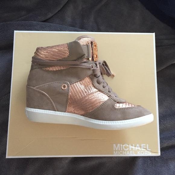 58 off michael kors shoes michael kors rose gold wedge. Black Bedroom Furniture Sets. Home Design Ideas