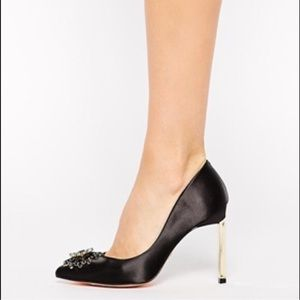 Ted Baker Shoes - Ted Baker black satin heels with brooch