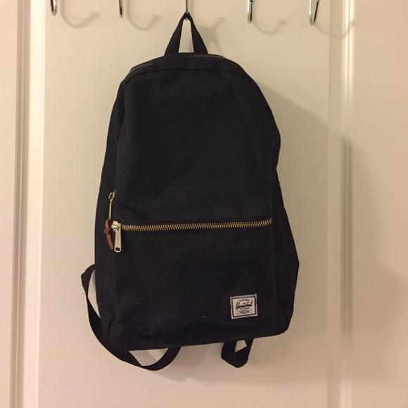 4eff222e325 Herschel black backpack with gold zipper