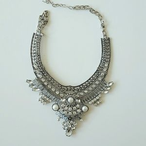 Jewelry - Crystal statement necklace inspired by Dylanlex