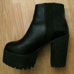 Jeffrey Campbell Boot Dupes