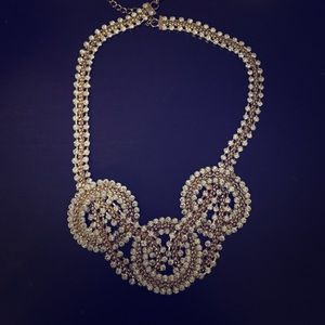 Jewelry - Gold/silver necklace