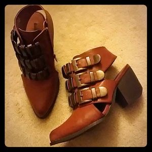 Like New Buckle Cutout Booties