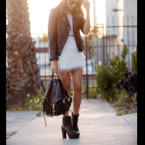 004ee00302 Petticoat Alley Skirts | White Faux Fur Fuzzy Mini Skirt | Poshmark