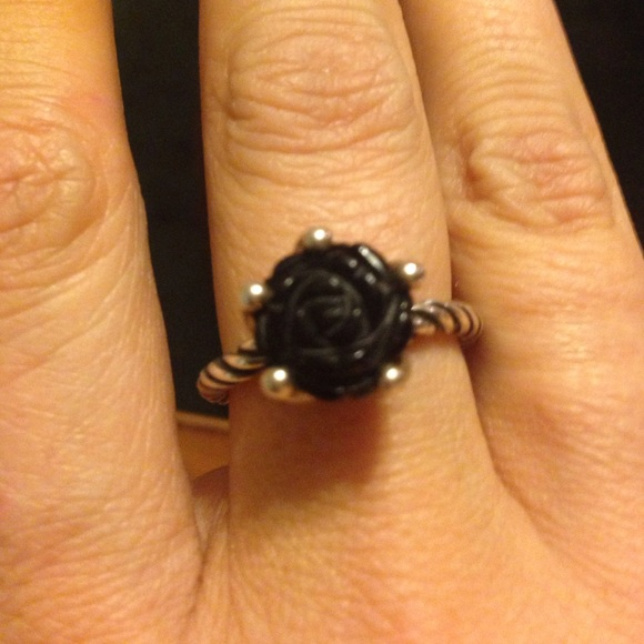Pandora black rose ring size 9