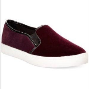 LF Shoes | Report Maroonred Velvet Slip