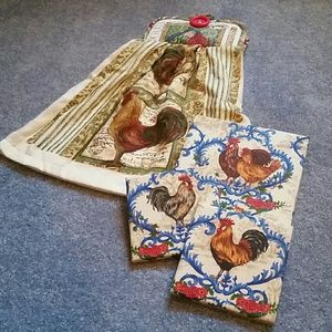Accessories - New Rooster Chickens Gift Set Pot Holders Towel