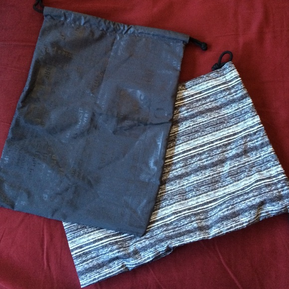 lululemon athletica - MAKE AN OFFER!Two Lululemon drawstring ...
