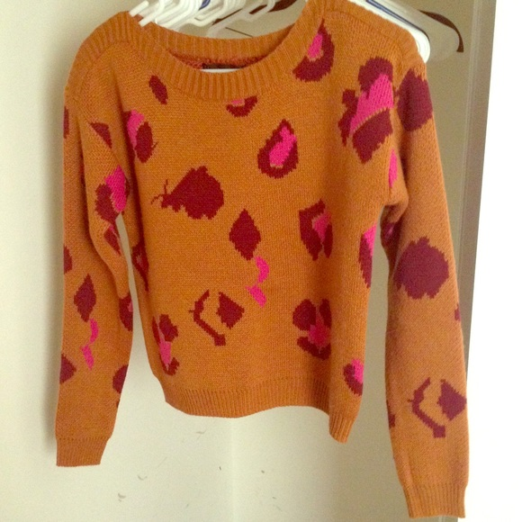 Lucca Couture Sweaters - Lucca Couture Gold & Pink Leopard Sweater