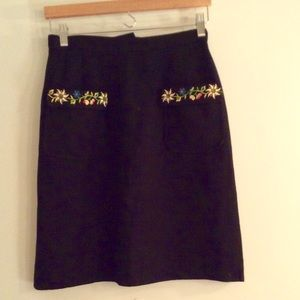 Vintage pencil skirt embroidered. FINAL PRICE!!!