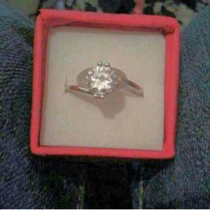 Unknown Jewelry - Brand 🆕 Beautiful Ladies Ring!!