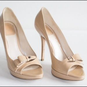 [Christian Dior]bow accent peep toe pumps