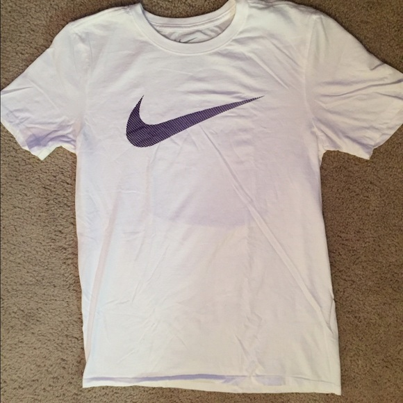 58 off nike tops white nike swoosh t shirt from for White nike swoosh shirt
