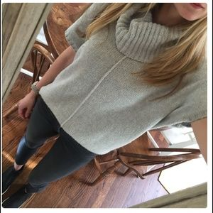 Old Navy Sweaters - 🆕 Old Navy Grey Poncho Sweater
