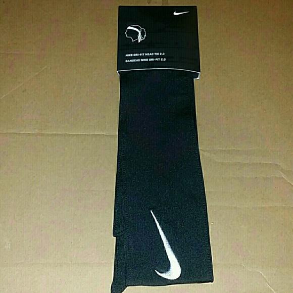 Nike Head Tie 2.0 Swoosh Headband 3be6bb39bef