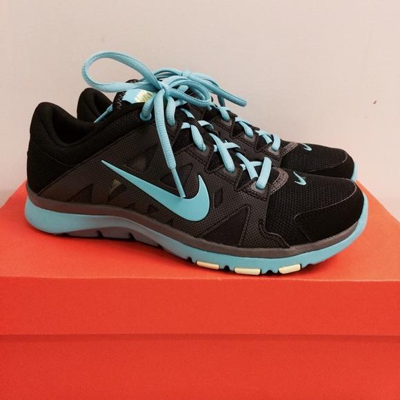 75dcc1d11644d Nike Woman s Flex Supreme TR 2