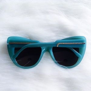 SALE! Stella McCartney sunnies
