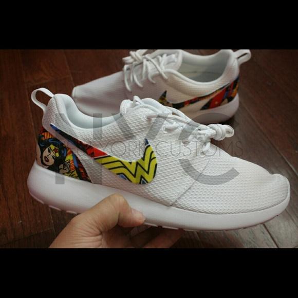 Wonder Woman Nike Roshe Run Custom