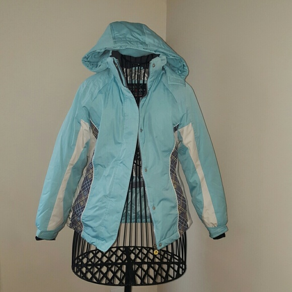 d5898e43153e4 Girls ZeroXposur Light Blue winter coat. 10 12. M 5604353e41b4e09793001741
