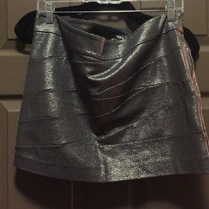 Silver metallic express skirt