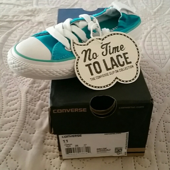 Brand new in box Converse little girls size 11 c439d8a25