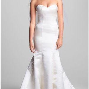OLIA ZAVOZINA wedding dress sweetheart trumpet