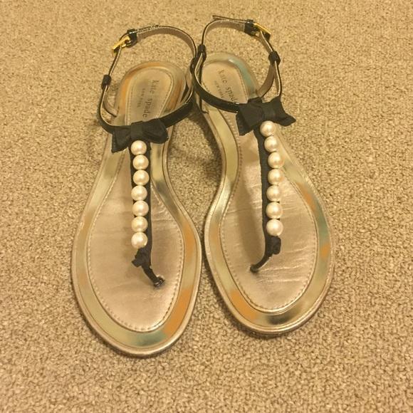 27a1a4e877a kate spade Shoes - Kate Spade Pearl Bow Sandals