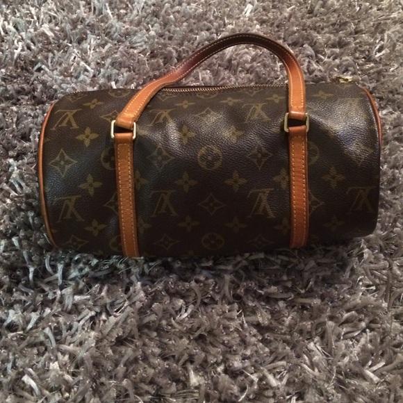 5ca15e10a Louis Vuitton Bags | Round Handbag | Poshmark