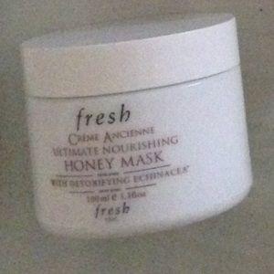 Accessories - Luxury Beauty FRESH (Echinacea honey  mask)