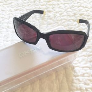 DKNY Sunglasses with Black Frame