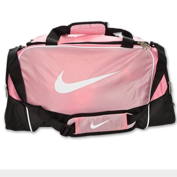 2b1b907c6133 Nike Pink Duffle bag 👛. M 5604e8ef2ba50a35530038da