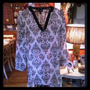 Damask print blouse SZ large