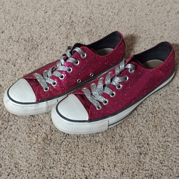 3c48862e0515 Converse Shoes - 🎀Hot Pink Sparkly Lo-Cut Converse All Stars🎀