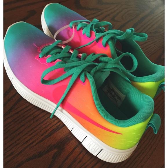 05cf3e81ee7a Rainbow Nike Free 5.0